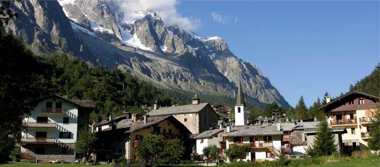 Valle d 39 aosta dove sciare hotels residence appartamenti for Design hotel valle d aosta