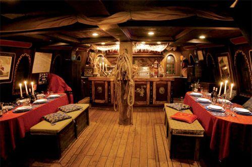 Il galeone veneziano by jolly rogers affitto noleggio for Noleggio della cabina del parco cittadino