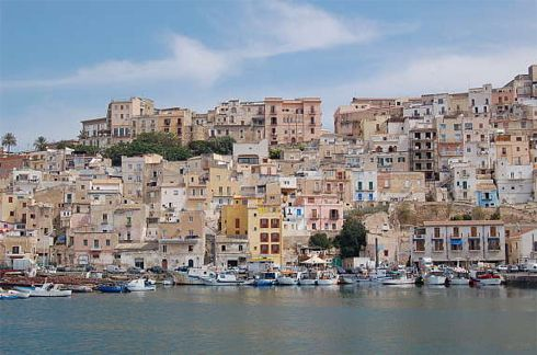 Sciacca sicilia hotel club residence appartamenti villaggi for Arte arredi sciacca